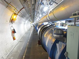 All'interno del Large Hadron Collider del CERN